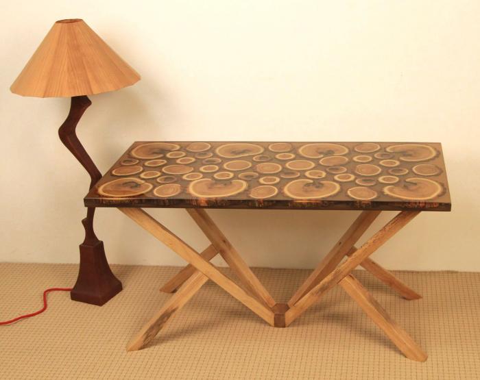 Masa din lemn de salcam inserat in rasina epoxidica transparenta 11