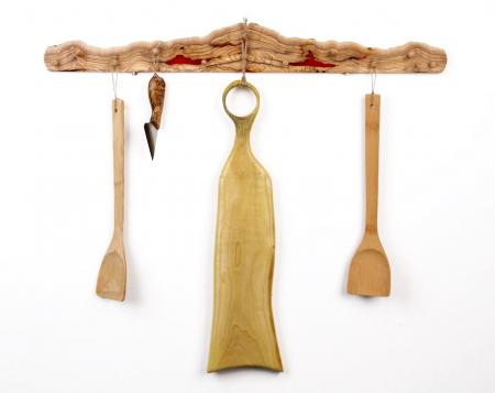 Cuier din lemn de maslin cu insertie de rasina epoxidica [0]
