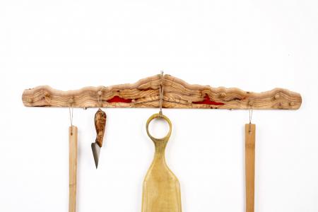 Cuier din lemn de maslin cu insertie de rasina epoxidica [1]