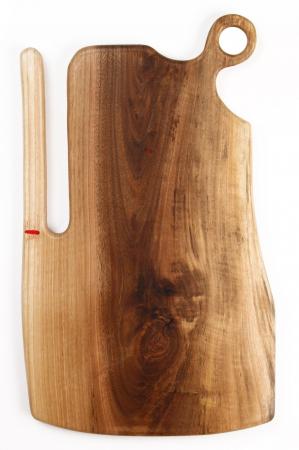 Platou de servire din lemn de nuc, culoare natur. [1]