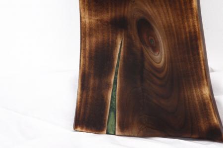 Platou servire din lemn de nuc cu rasina epoxidica [8]