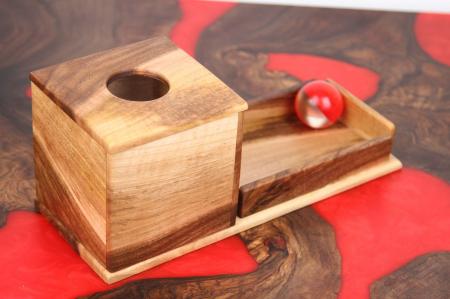 Cutia permanentei cu rampa din lemn masiv (+ 8 luni)3