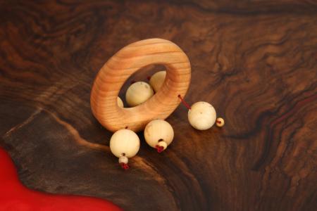 Zornaitoare din lemn masiv (6-18 luni)0