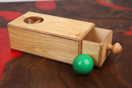 Cutia permanentei cu sertar din placaj (+ 8 luni)6
