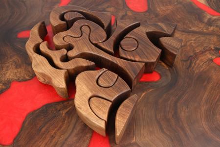 Puzzle decorativ din lemn masiv de nuc. [6]