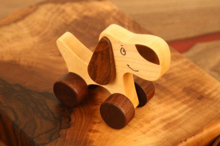 Jucarie din lemn Catelus5