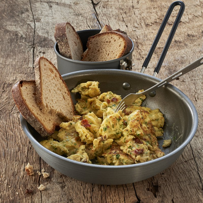 MANCARE EXPEDITIE SCRAMBLED EGGS WITH ONION 0