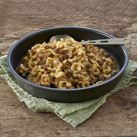 MANCARE EXPEDITIE BEEF CASSEROLE WITH NOODLES1