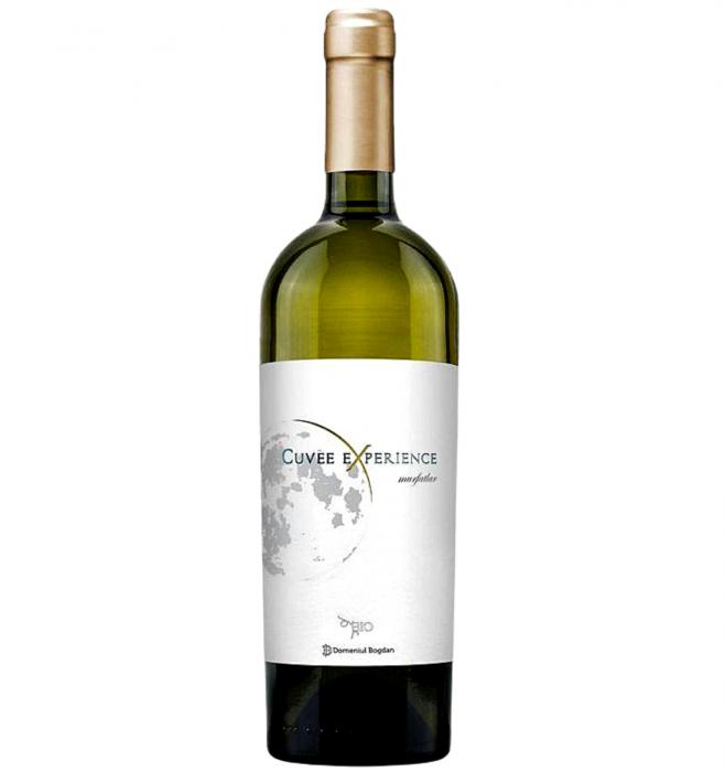 Cuvee Experience Sauvignon Blanc & Muscat Ottonel & Chardonnay Alb Sec 0.75L 13.5% alc./vol. [0]