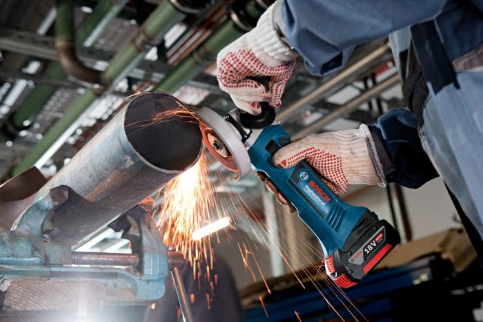 Polizor unghiular cu acumulator Bosch GWS 18-125 V-LI, 18V, 5Ah, 10.000 rpm, 125 mm, 2 acumulatori [2]