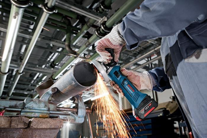 Polizor unghiular cu acumulator Bosch GWS 18-125 V-LI, 18V, 5Ah, 10.000 rpm, 125 mm, 2 acumulatori [3]