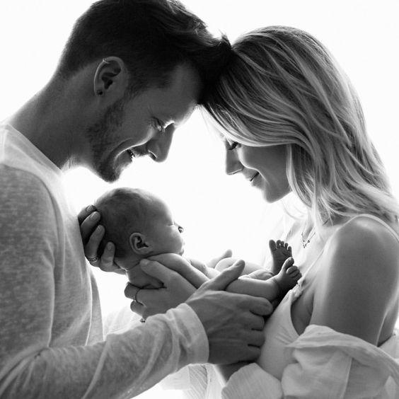 10 Sfaturi pentru prima lună alături de bebe!
