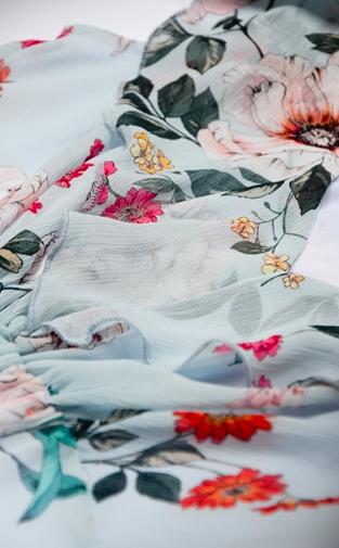 clarisse-elegance-rochie-eleganta-gravide-subtire-si-matasoasa 4
