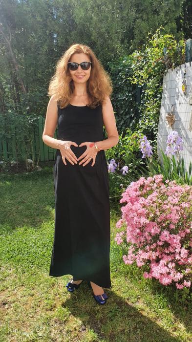 simple-black-rochie-neagra-lunga-sarcina-alaptare 1