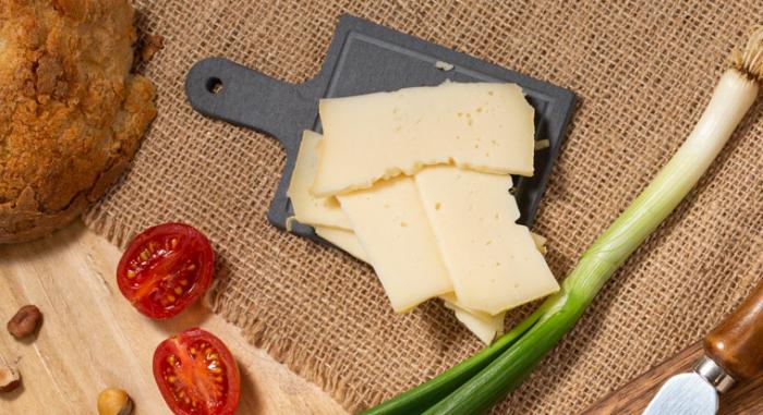 Brânză Schweizer de vacă 350 gr [3]