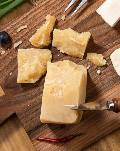 Brânză tip parmezan de oaie 500 gr [0]