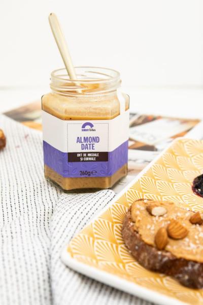 Almond Date – 260 g [1]