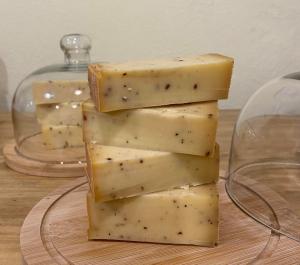 Brânză maturată cu trufe 350 gr [0]