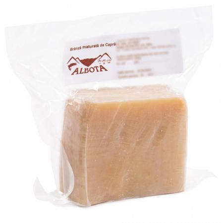 Brânză tip parmezan de capră 500 gr [0]