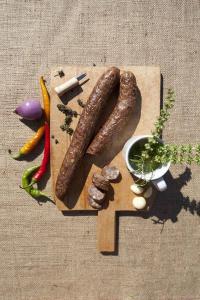 Cârnați cu miroase și usturoi [1]