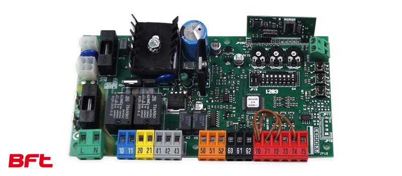 Unitate de control Hamal pentru Kit automatizare porti culisante, Deimos A400 BT, Bft, 400Kg/poarta, 4m cremaliera, 24V, casa smart