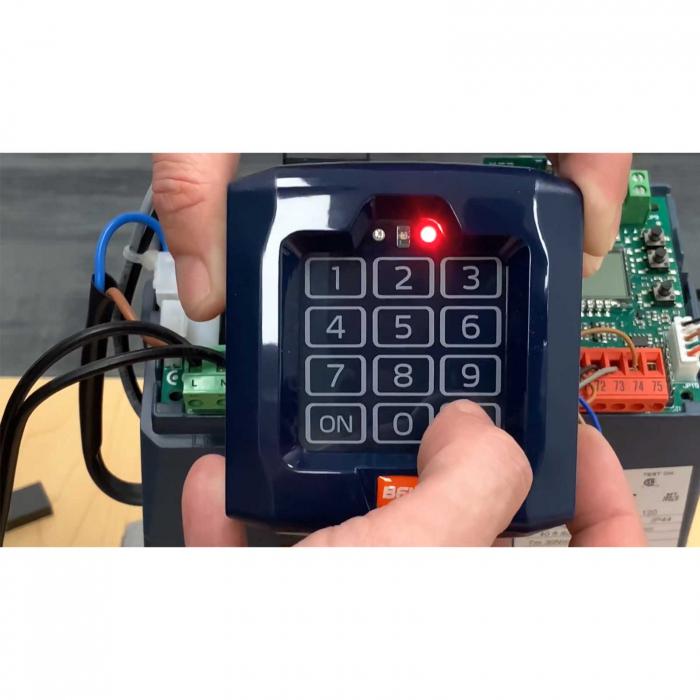 Selector digital cu tastatura, BFT, Q.BO TOUCH pentru automatizari porti, control acces | I-Systems [2]