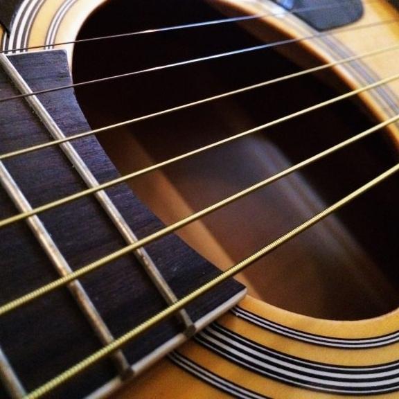 Set corzi chitara acustica D'addario EZ930 si pana cu coarda 2