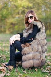 Vesta din blana naturala de vulpe, cafenie, marimea M3