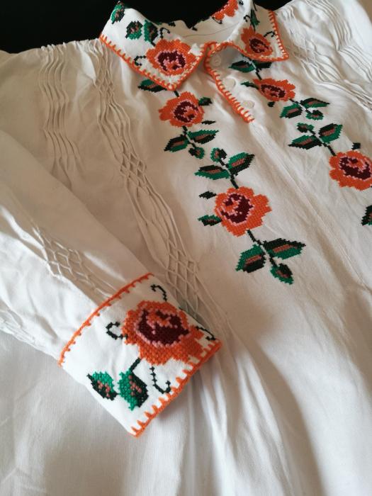 camasa traditionala barbati motiv rosu [1]