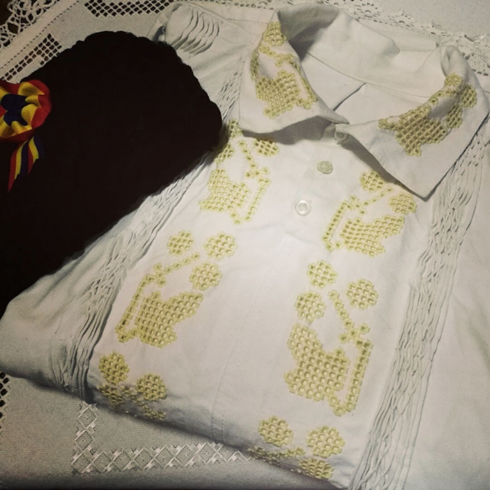 camasa traditionala barbati [0]