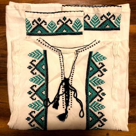 camasa traditionala barbati motiv verde [0]
