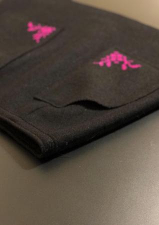 Fusta din lana brodata manual cu model cusut in cruce [4]
