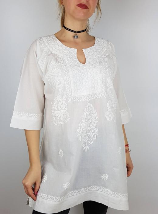 Bluza brodata manual Lilia 1
