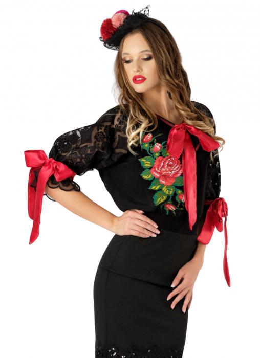 Bluza brodata Trandafir [1]