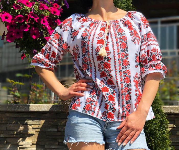 Bluza stilizata cu motive traditionale Daniela 10 [1]