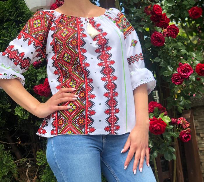 Bluza stilizata cu motive traditionale Daniela 14 [1]