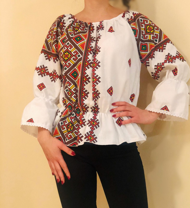 Bluza stilizata cu motive traditionale Daniela 4 [0]
