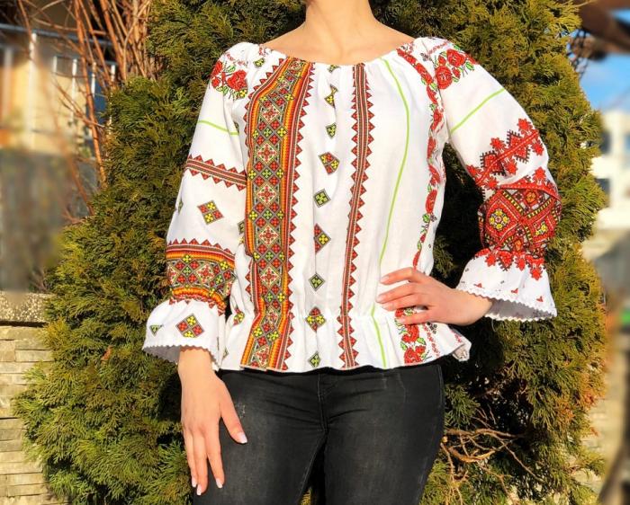 Bluza stilizata cu motive traditionale Daniela 7 [0]