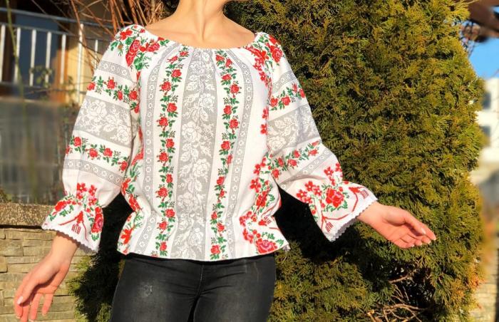 Bluza stilizata cu motive traditionale Daniela 8 [0]