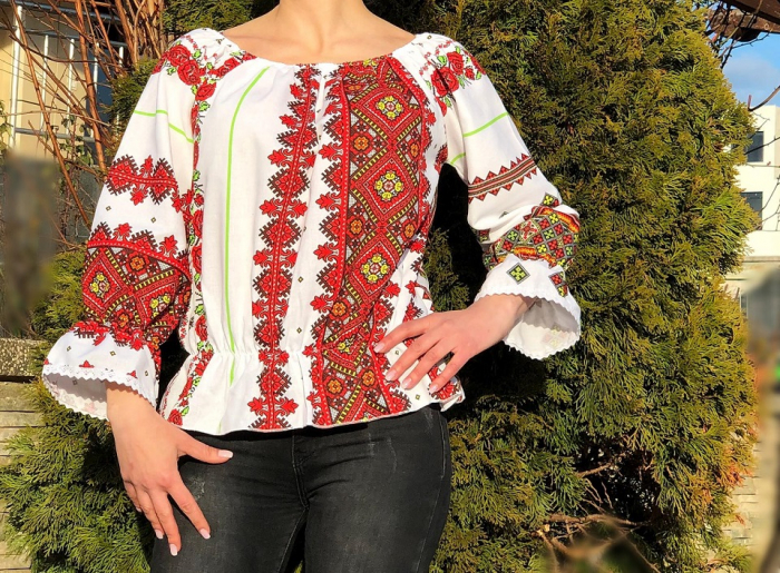 Bluza stilizata cu motive traditionale Daniela 9 [0]