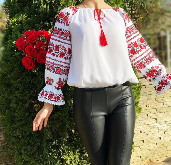 Bluza stilizata cu motive traditionale Margareta [2]