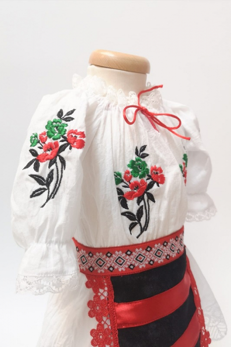 Costum national fete - Mira [5]