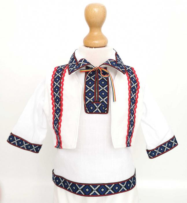 Costum National pentru baieti Adi 6 [2]
