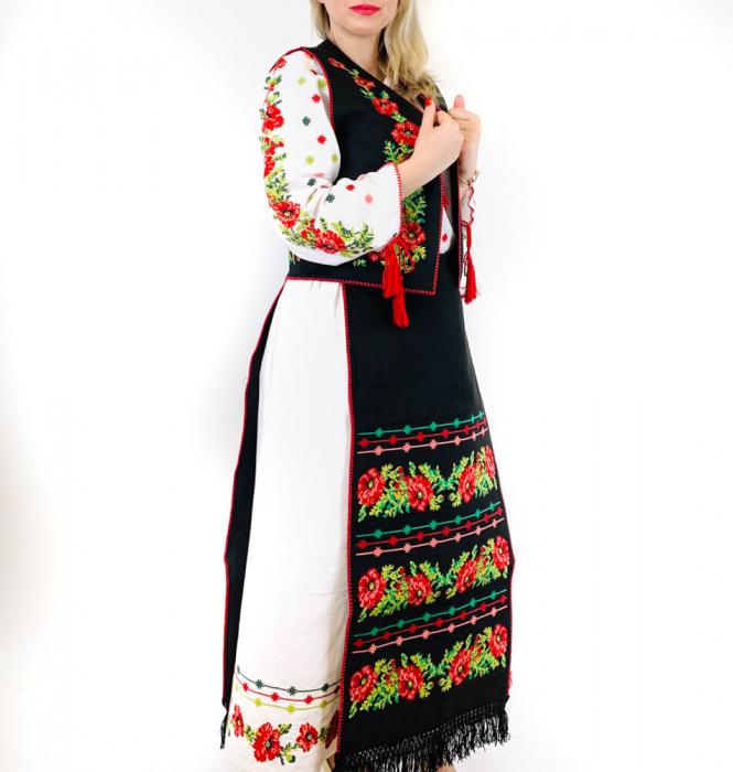 Costum Popular  4 - 5 piese - tip tesuta la razboi [7]
