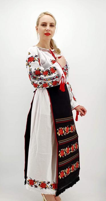 Costum Popular  7 - 5 piese - tip tesuta la razboi [4]