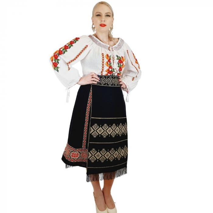 Costum Popular cu broderie traditionala Toni [5]