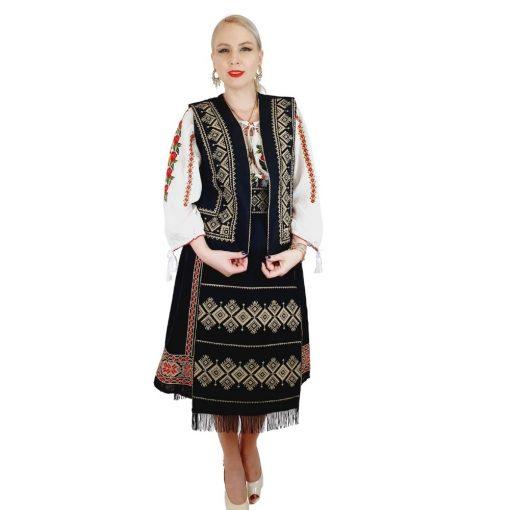 Costum Popular cu broderie traditionala Toni [0]