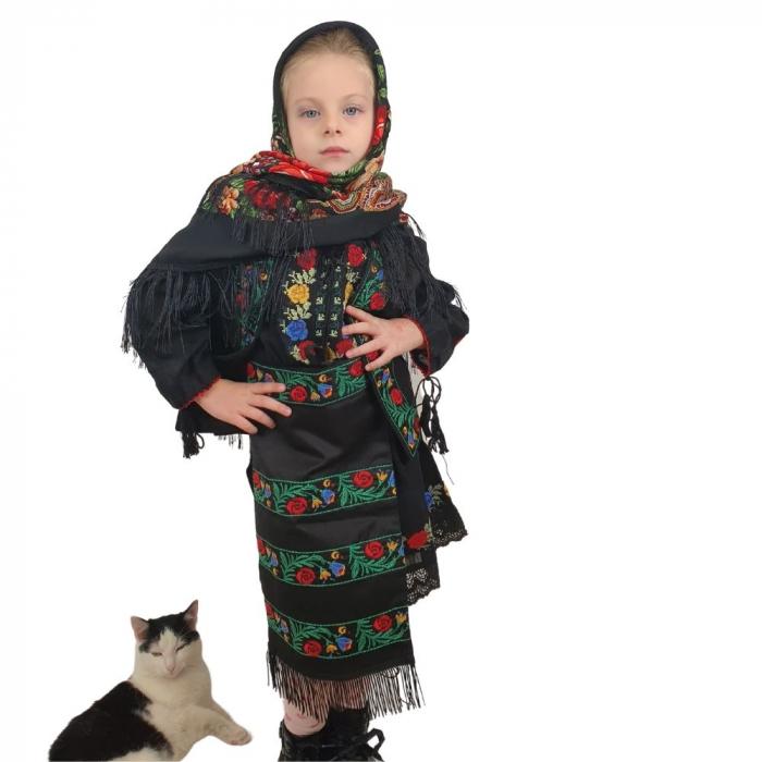 Costum traditional fetite Mira 3