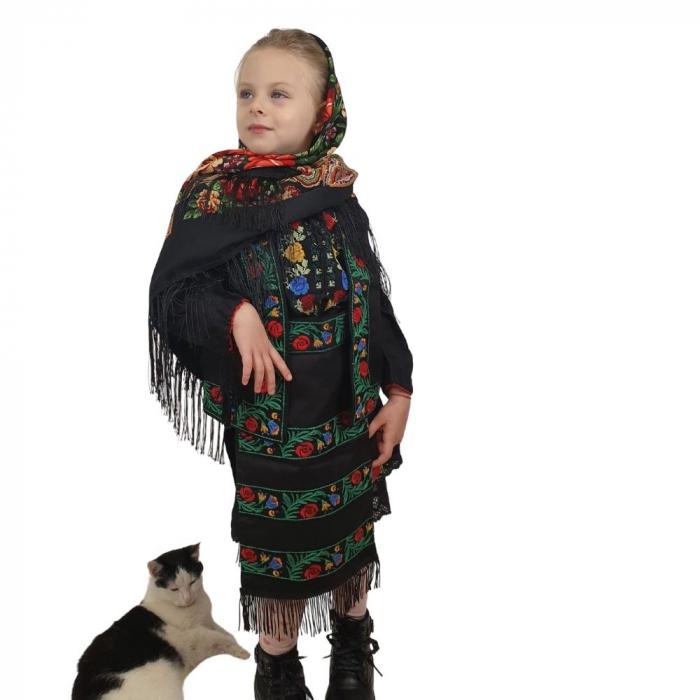 Costum traditional fetite Mira 7