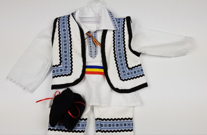 Costum Traditional Baietei 0-12 luni 2